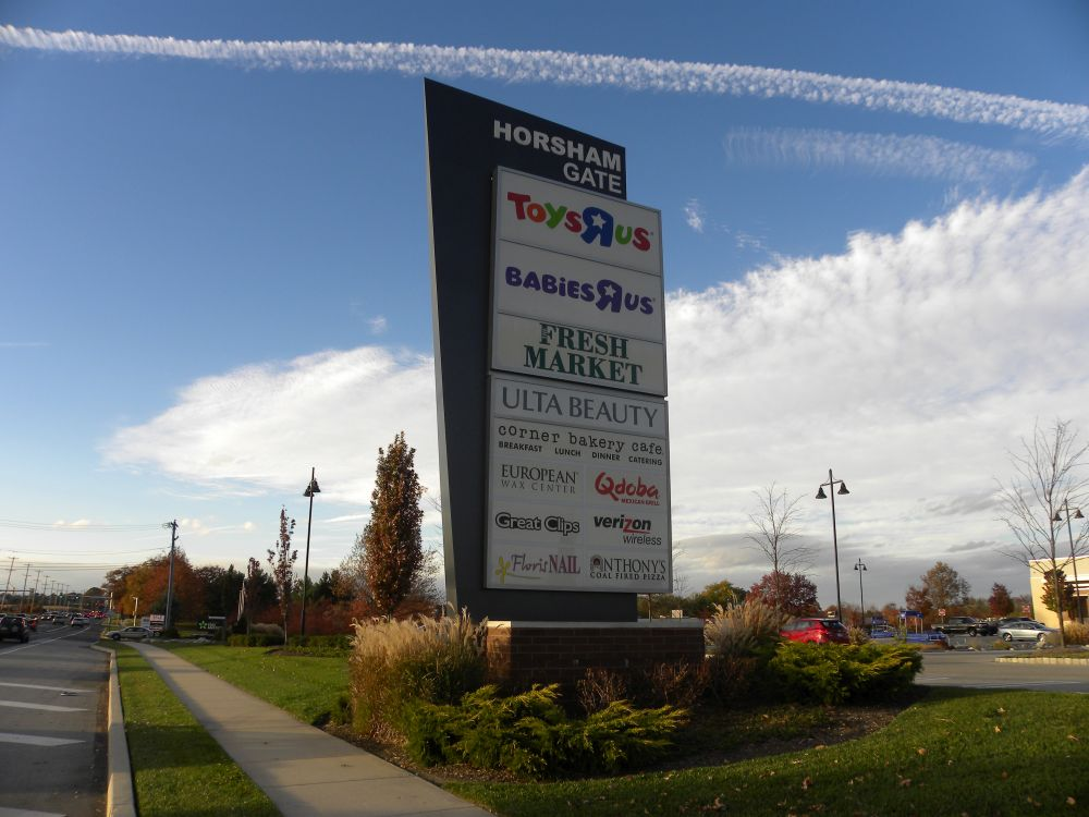 Multi Tenant Pylon Amp Shopping Center Signs Forman Signs